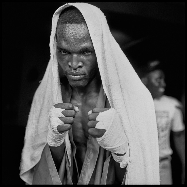 Zambian boxer, Zimbabwe, 1994 | The Rockefeller Foundation